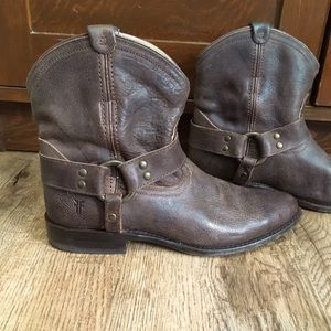 FRYE distressed saddle boots